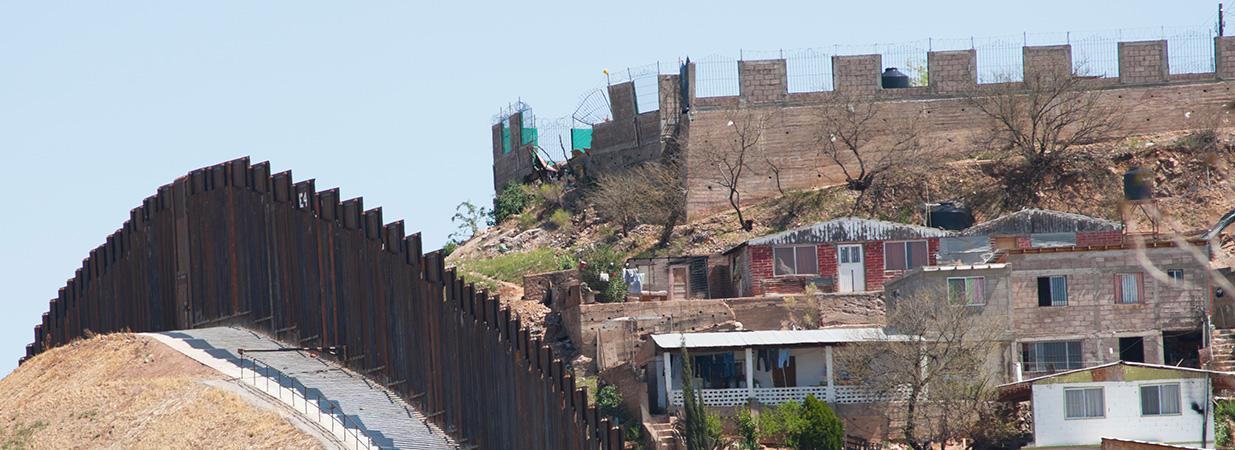 Book Review: James Phelps, Jeff Dailey, and Monica Koenigsberg, <em>Border Security</em> (Durham, NC: Carolina Academic Press, 2014)
